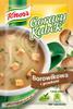 Gorący kubek Knorr borowikowa z grzankami