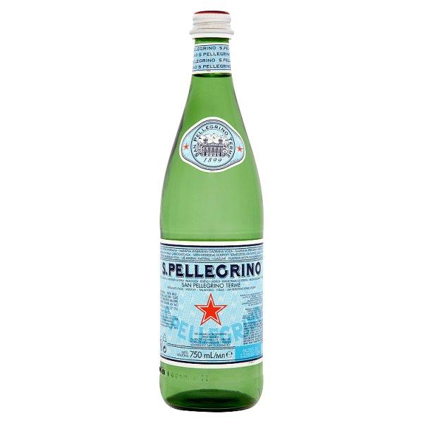 S.Pellegrino Naturalna woda mineralna gazowana 750 ml