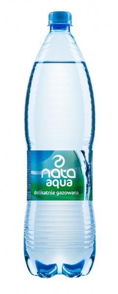 Woda mineralna delikatnie gazowana nata aqua